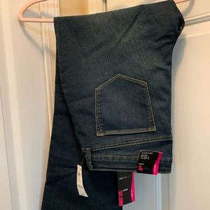 Style & Co (Macys) Curvy fit jeans 16 S Stretch!